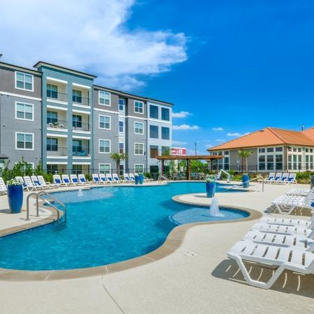 Swimming Pool | Little Elm Texas Apartments for Rent | The Luxe 3Eighty