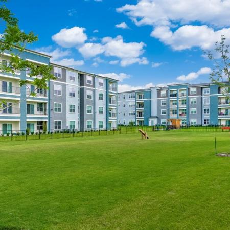 Beautifully Landscaped Grounds | Little Elm Texas Apartments | The Luxe 3Eighty