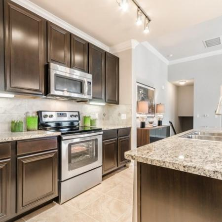 Modern Kitchen | Apartment Homes In SAN ANTONIO | The Mansions at Briggs Ranch