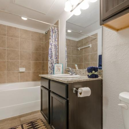 Elegant Bathroom | Apartments in MAGNOLIA | The Estates Woodland
