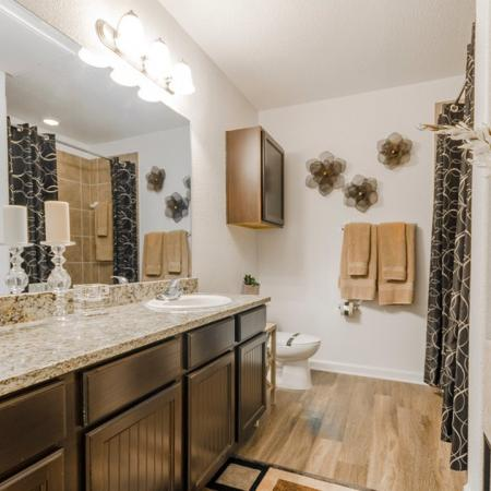 Vast Master Bathroom | MAGNOLIA Apartments | The Estates Woodland