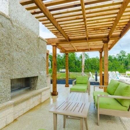 Resident Sun Deck | Apartment In Georgetown TX | Mansions of Georgetown