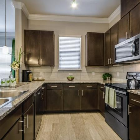 Spacious Kitchen | Apartments In Austin | The Mansions at Travesia