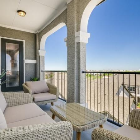 Balcony | Apartments In Austin | The Mansions at Travesia