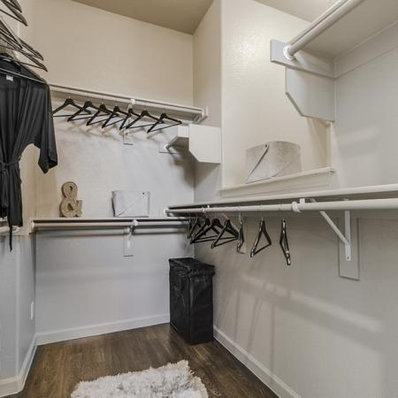 Spacious Closet | Luxury Apartments In Georgetown TX | Mansions of Georgetown