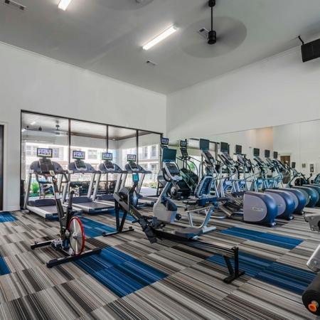 Cutting Edge Fitness Center   Apartments Garland TX   The Towers at Spring Creek