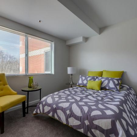 Luxurious Master Bedroom | Apartments in Manchester | Carisbrooke at Manchester