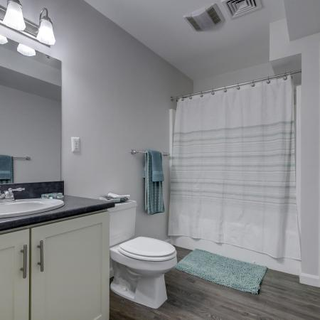 Vast Master Bathroom | Manchester Apartments | Carisbrooke at Manchester