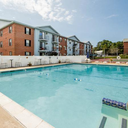 Gorgeous Swimming Pool | Princeton Place | Apartments For Rent Near Worcester MA