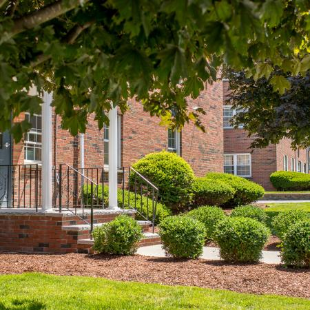 Professional landscaping at Princeton Crossing | Apartment for Rent in Salem, MA