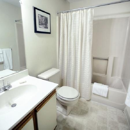 Spacious Bathroom | Princeton Place |Worcester Massachusetts Apartments For Rent