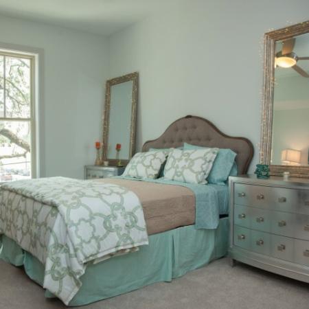 Beinville Basin Bedroom