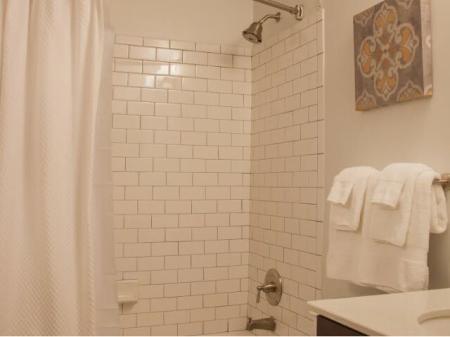 Large Bathroom - Dh Holmes