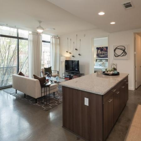 Apartment in West Midtown Atlanta with floor to ceiling windows