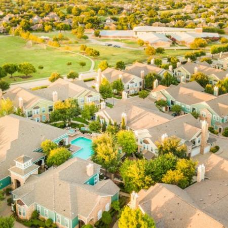 Aerial view of cottonwood ridgeview showing pool and 9 buidlings