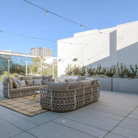 Community Outdoor Lounge Space | Modera Glendale