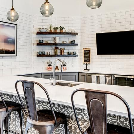 Clubhouse with Kitchen Entertaining area | Alister Balcones | Austin, Texas | Apartment Homes | Cozy Living Spaces