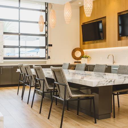 Lounge Space with Display Kitchen | Apartment Homes in Orlando, Florida | Luxury Apartments in Orlando