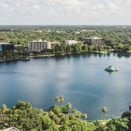 Views of the Lake | Apartment Homes in Orlando, Florida | Luxury Apartments in Orlando