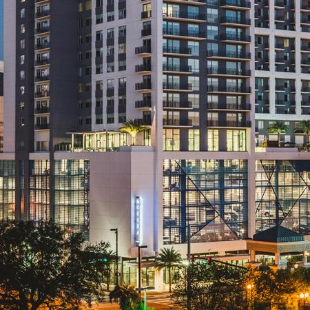 Evening at Modera Central, City Life | Apartment Homes in Orlando, Florida | Luxury Apartments in Orlando