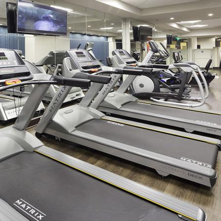Fitness center | Alister Arlington Ridge | Arlington, Virginia | Apartment Homes | Cozy Living Spaces