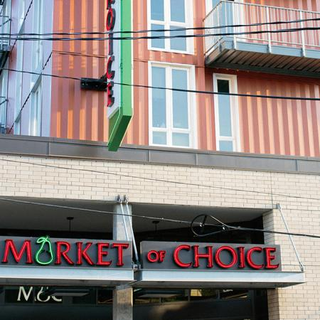 Exterior signage for Market of Choice