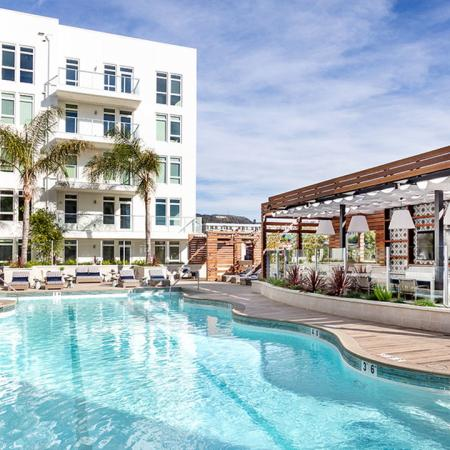 Pool and side of Modera Hollywood community