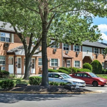 Hi-Nella NJ Apartments | Fox Pointe