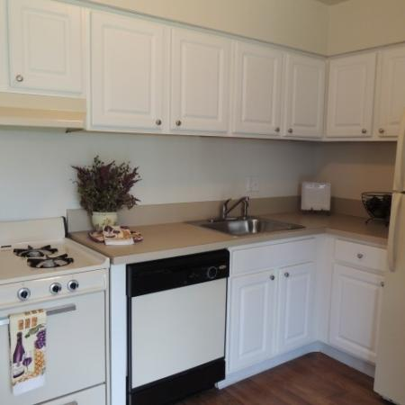 Luxurious Kitchen | Apartments In Bensalem Pa | Franklin Commons