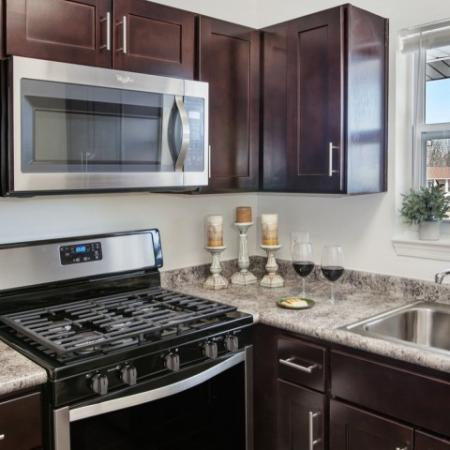 State-of-the-Art Kitchen | Pitman New Jersey Apartments | Holly Court