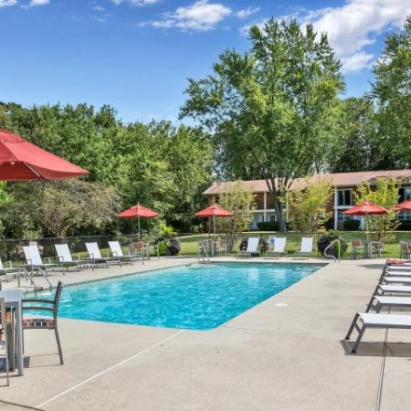 Swimming Pool | Pitman New Jersey Apartments for Rent | Holly Court