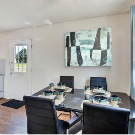 Elegant Dining Room | Apartment In Burlington NJ | Burlington Pointe