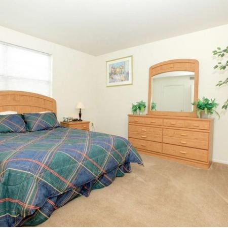 Spacious Master Bedroom | Pet Friendly Apartments In Bethlehem PA | River Pointe