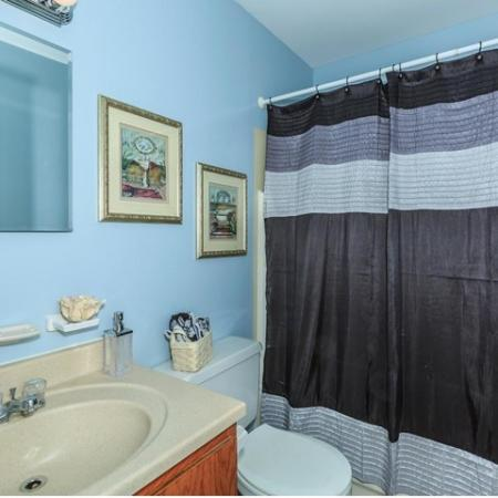 Spacious Bathroom | Townhomes In Bethlehem PA For Rent | River Pointe