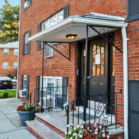 Belleville Apartments | Joralemon Street