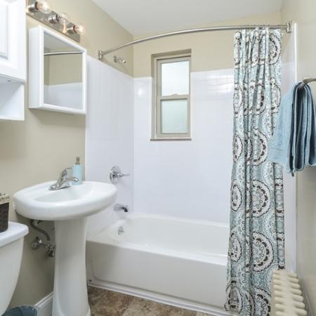 Spacious Bathroom | Apartments Near Downtown Pittsburgh PA | The Alden
