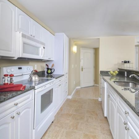 Modern Kitchen   Cherry Hill Luxury Apartments   Cherry Hill Towers