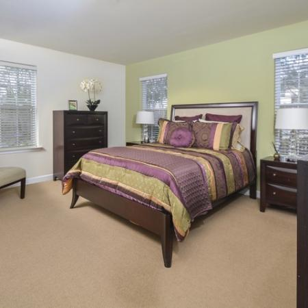 Luxurious Bedroom | Apartments In Manayunk | The Glen at Shamont Station