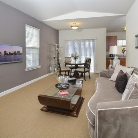 Spacious Living Area | Apartments For Rent In Manayunk PA | The Glen at Shamont Station