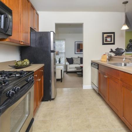 Elegant Kitchen | Apartments In Manayunk | The Glen at Shamont Station