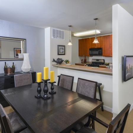 Elegant Dining Room | Manayunk PA Apartments | The Glen at Shamont Station