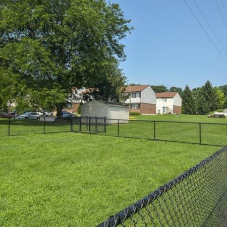 Community Bark Park | Townhomes For Rent In Bethlehem PA | River Pointe