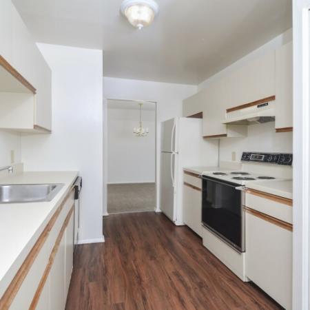 Modern Kitchen | York Pennsylvania Apartments | Greenspring Apartment Homes