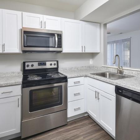 State-of-the-Art Kitchen | Elkton Maryland Apartments | The Apartments at Iron Ridge