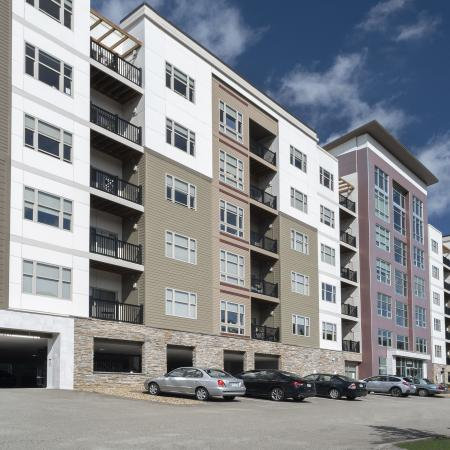 Pittsburgh Apartment Community | North Hills Pittsburgh Apartments | Cosmopolitan
