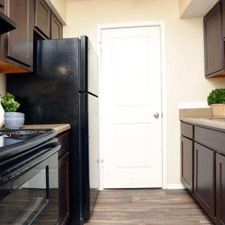 Modern Kitchen | Garland TX Apartment For Rent | Creekside on the Green