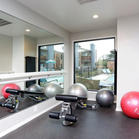 State-of-the-Art Fitness Center | Apartment Homes in Garland, TX | Creekside on the Green