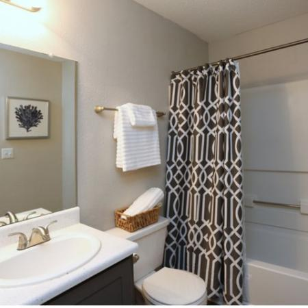 Spacious Bathroom | Greensboro NC Apartment For Rent | Park at Oak Ridge