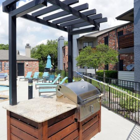 Resident BBQ | Apartments in Garland, TX | Creekside on the Green