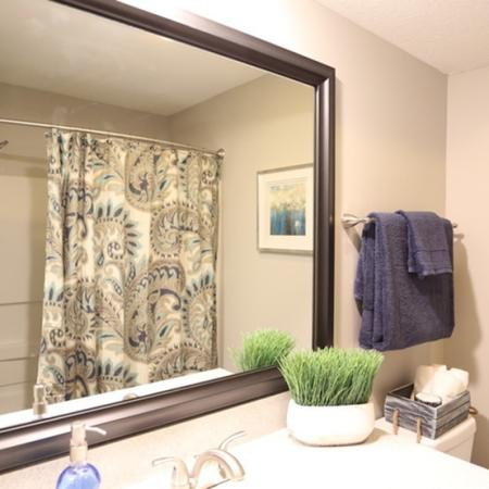 Luxurious Bathroom | Apartments for rent in Columbus, OH | Alkire Glen